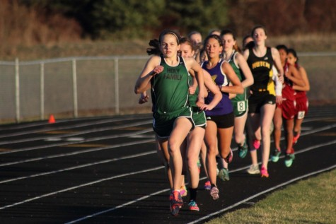Allie Bodin sets conference record in 800m