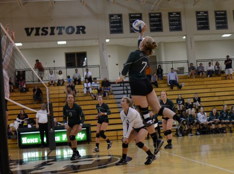 Volleyball defeats Watertown in thrilling comeback