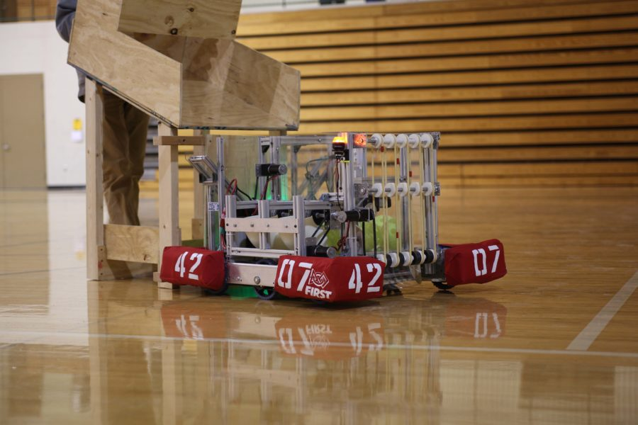 PyroBotics prepares for FIRST competition