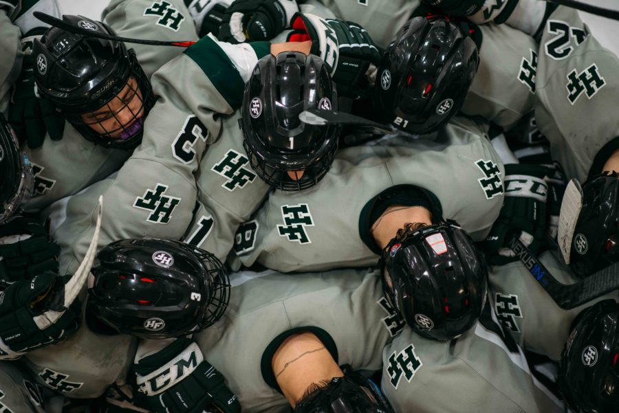 Boys+hockey+sets+their+sites+on+state+tournament