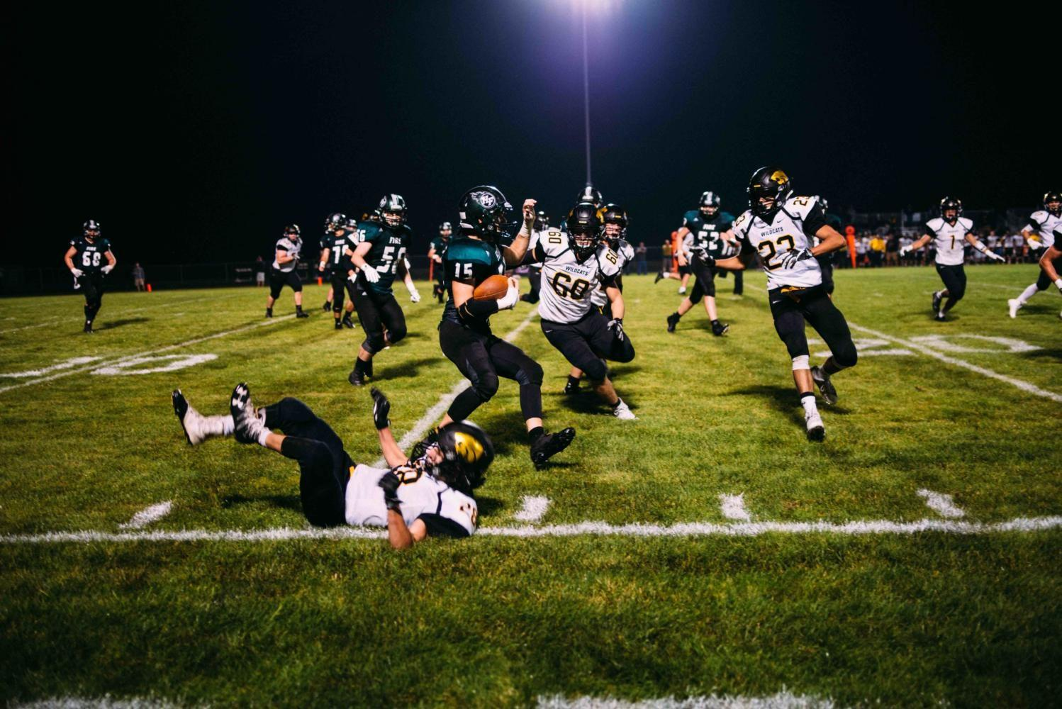 Slideshow: Football v New London