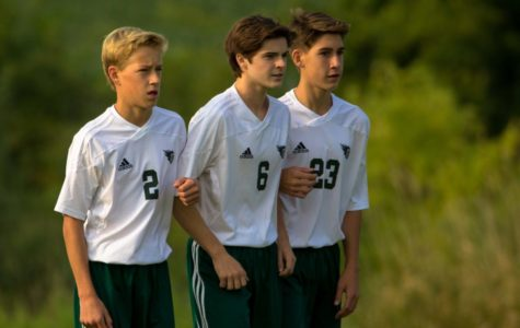 Boys soccer bounces back against Rockford
