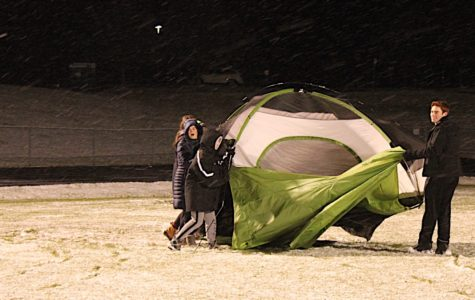 Students brave cold and snow on Night to Fight