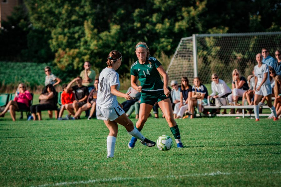 Kelly, Girls Soccer Starts Hot (Weekly Sports Recap #1)