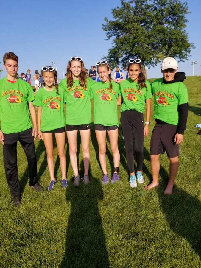 Holy Family Cross Country Dominates at Fridley Peach Run