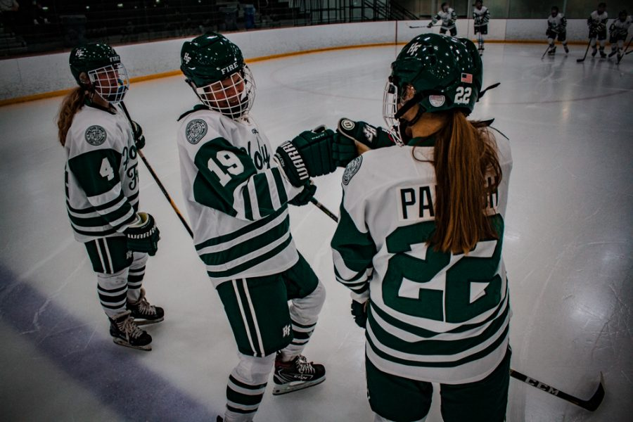 Holy+Family+Girls+Varsity+Hockey+vs.+Mound+Westonka%2C+12%2F10%2F19%3A+Grayson+Limke+%2723+%2819%29+and+Olivia+Paidosh+%2723+%2822%29