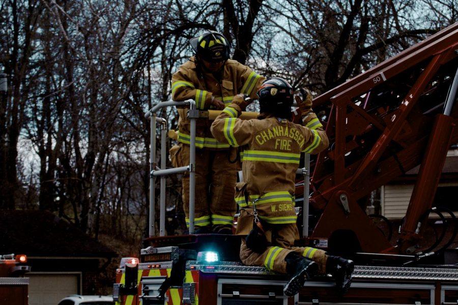 Fire on Linden Circle Chanhassen 4/20/20 Siems