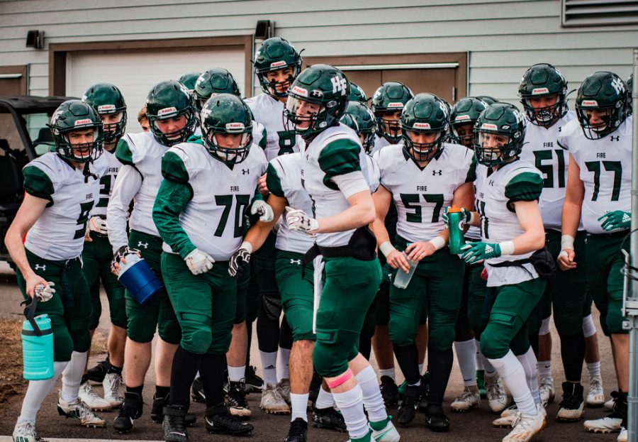CN_FOOTBALL_VS_ST_CLOUD_CATHEDRAL_001